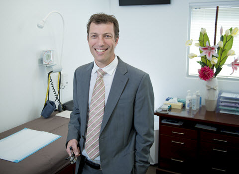 dr-scott-pearce-consulting-room-480x350